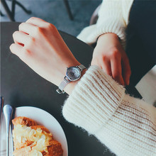 2017 Women Quartz Analog Wrist Small Dial Delicate Watch Luxury Business Watches Z623 5Down