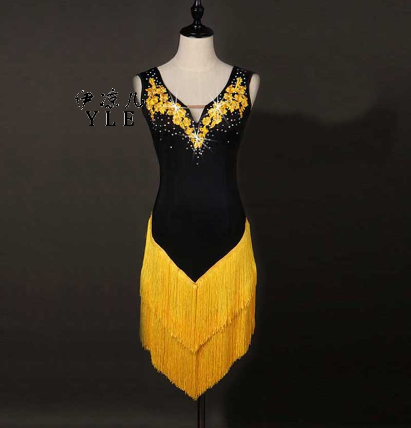 2017 New Tassel Skirt Professional Competition Diamond Latin Dance Dress Decals Latin Cha Cha Rumba Samba Tap Tango Dance Dress