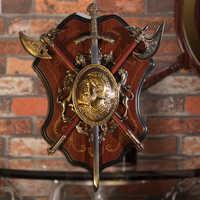 Античный Римский шпага, защитный экран под старину, защитный экран под старину с броней, средневековый топор, Лев украшение, ремесла, KTV бар, ...