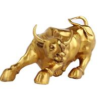 Great golden color hall bull ornaments crafts furnishings Lucky Zodiac Wall Street cow brass cow crafts desktop decoration 350g