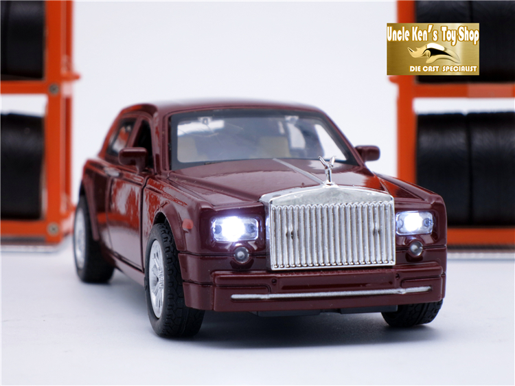 Купить с кэшбэком Collectible Diecast Rolls Royce Scale Models, Alloy Car, Brand Metal Toys For Children With Sound/Light/Pull Back Function
