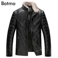 Batmo 2018 Новое поступление зима высокое качество овчины и белая утка вниз реального кожаные куртки мужские, енота меховым воротником Размер
