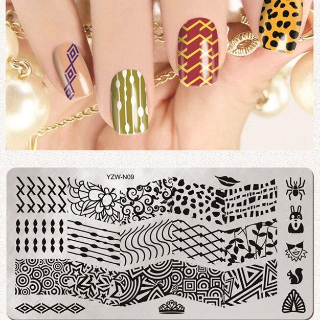 Векторный паттерн треугольные ногтей штамповка плиты Печать плиты Цветочные ногтей Дизайн ногтевой пластины изображения Штамповка плиты ...