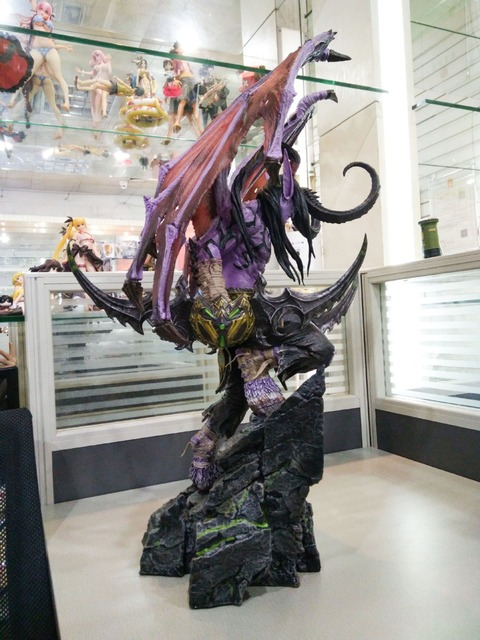 [New] Limited Large size 60cm WOW Illidan gk resin statue figure collection model Original box best gift 1