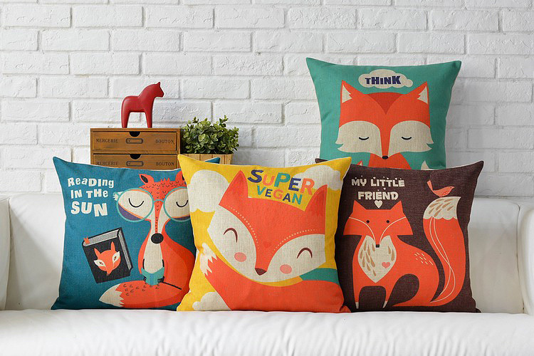 Free Shipping Lovely Red Fox Bird Friends Reading In The Sun Pattern Square Cushion Cover Home