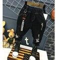 Новая Мода 2017 Девушки Парни Джинсы 2-7Yrs Детей Сломанные Hole Джинсы Брюки Детские Детские Брюки черный Высокое Качество Детские Брюки
