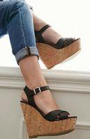 Carpaton/Лидер продаж, босоножки на танкетке и платформе, пикантная женская обувь с открытым носком и ремешком с пряжкой, Летние кожаные сандали
