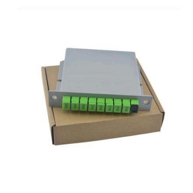 10 pièces/paquet SC APC PLC 1X8 séparateur boîte à fibres optiques FTTH PLC diviseur boîte avec 1X8 planaire guide dondes type séparateur optique