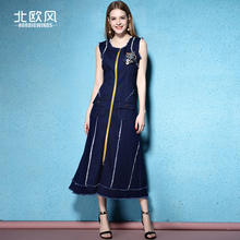 2017 denim dress spring and summer female fashion ladies tassel zipper sleeveless slim o-neck A-linedenim one-piece dress