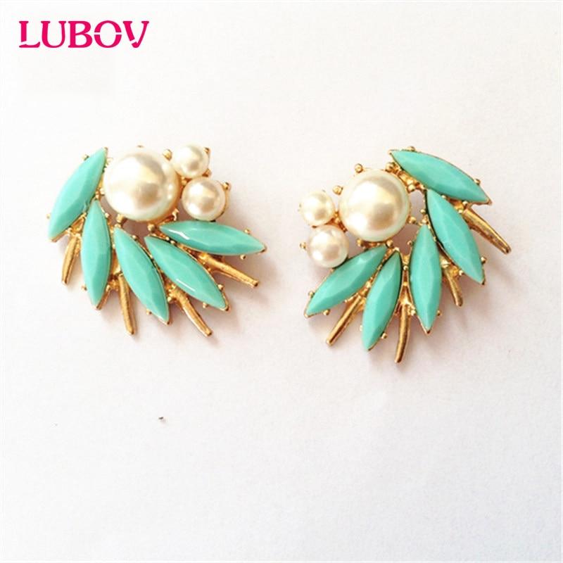 Irregular White Pearl Decoration Stud Earringss