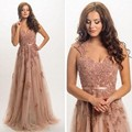 2017 Modest Dusty Pink Tulle Pearls Evening Dresses Lace Appliques Engagement Prom Gowns Abendkleider V-neck Formal Party Dress