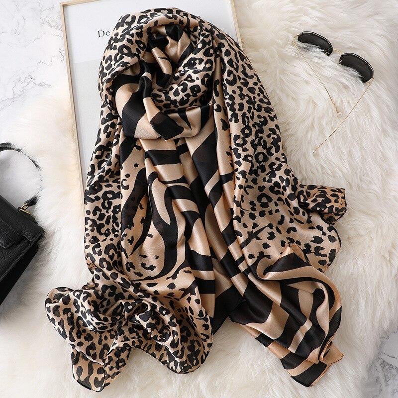100% foulard en soie naturelle femmes marque de luxe motif Animal léopard zèbre Pashmina châle Femme longue Bandana Bufanda Foulards Hijab