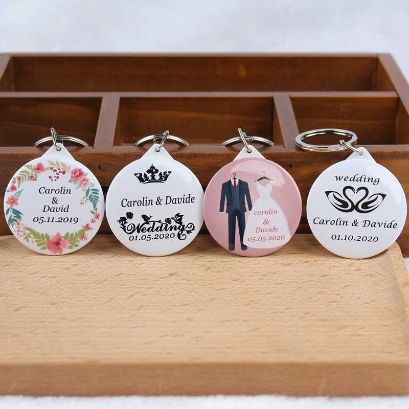50pcs Personalized Name Date Keychain With Mirror Custom Wedding Favors And Gifts Wedding Gifts For Guests Wedding Souvenirs