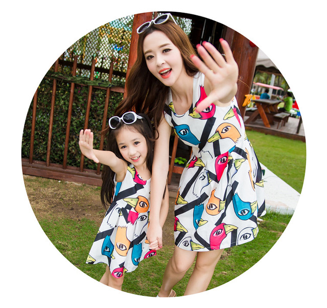 2016 Mother Daughter Summer Dress Clothes Mom Kids Summer Fashion Sleeveless Animal Dresses Clothes conjuntos mami e hija