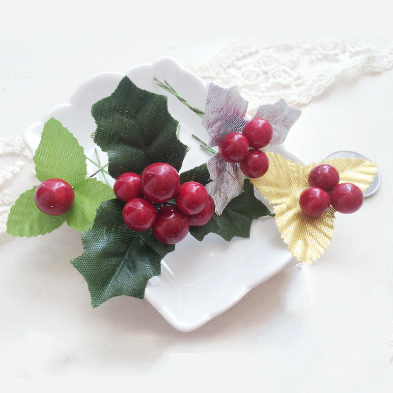 20pcsset red berry green gold silver leaves christmas tree decoration diy art fabric accessories natal decoration for home in pendant drop ornaments - Green And Silver Christmas Decorations