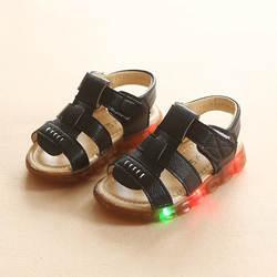 Высокое качество, модные мягкие летние детская обувь повседневная Hook & Loop моды детские сандалии Прохладный новый бренд кожа обувь для