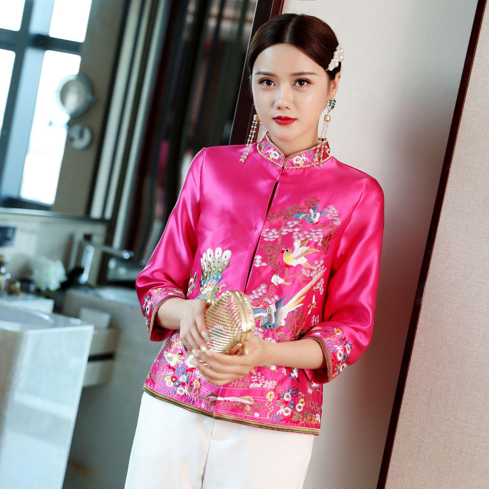 2019 nouveau rétro broderie chinois cheongsam hauts traditionnels pour les femmes