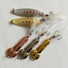 Metallo Spoon Bait 5 Pz/lotto Lure di Pesca Set 10g 15g 20g Basso di Pesca Affrontare Wobblers VMC Ganci Piuma Spinnerbait Duro Lure