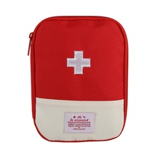 Red Cross Pattern Stylish Small Travel First Aid Kit Carry Medicine Capsules Emergency Medicine Organizer Storage