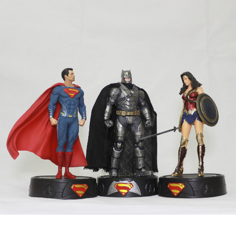 Free Shipping 8 DC Superheroes JLA Superman Wonder Woman Batman Boxed 20cm PVC Action Figure Collection Model Doll Toy Gift free shipping cool big 12 justice league of america jla super man superman movie man of steel pvc action figure collection toy