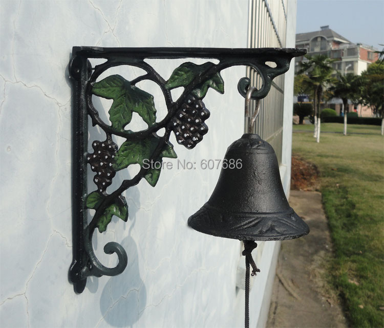 Cast Iron Grape Dinner Bell Wall Mount Vineyard Door Bell