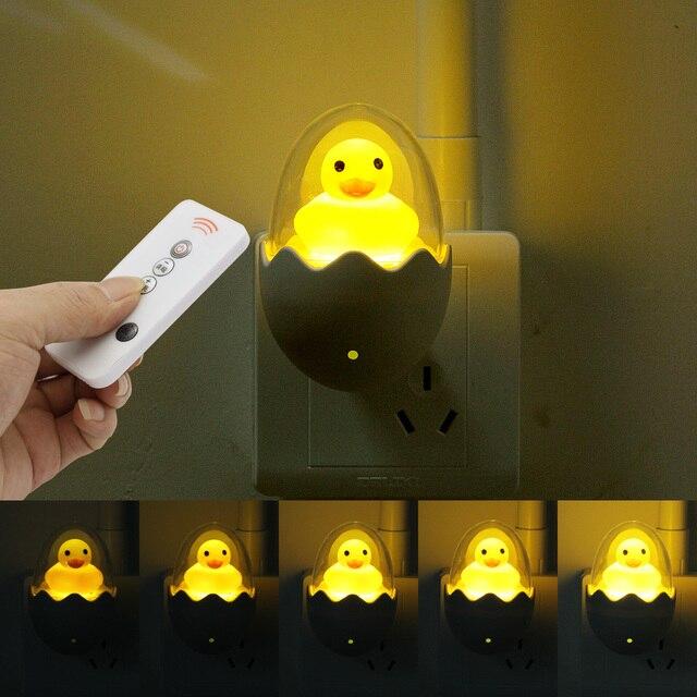 Màu Vàng dễ thương Vịt LED Đèn Ngủ Cảm Biến Ánh Sáng Điều Khiển Mờ Đèn Điều Khiển từ xa EU Cắm 220V cho Nhà Phòng Ngủ Trẻ Em trẻ em Quà Tặng