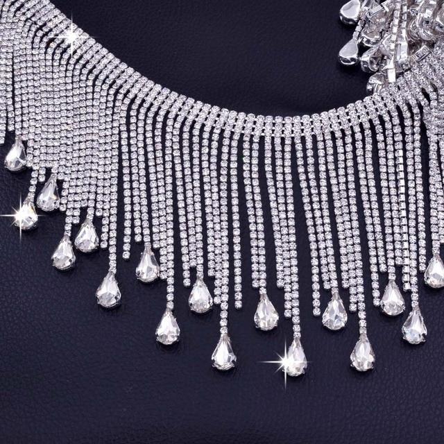5 yards Very Luxury Crystal glass Rhinestone tassel Drops trim for Wedding  Dress chain Decoration Good quanlity Sew on Appliques 2687cb525834