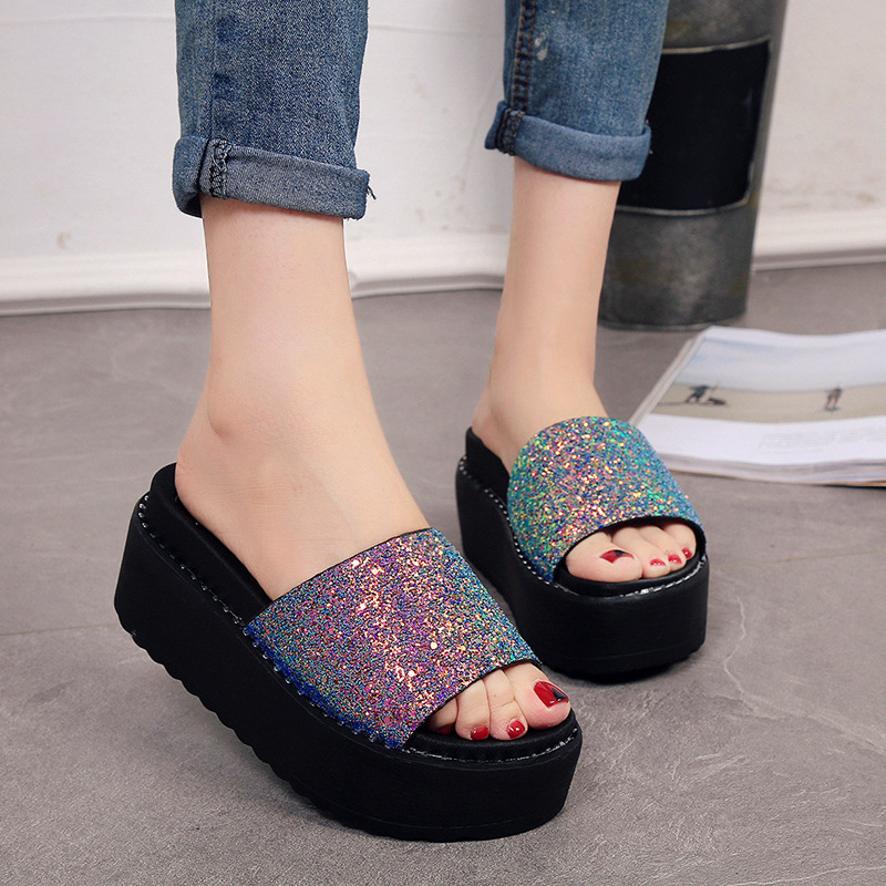 New 2018 Women Slippers Fashion Bling Women Summer Beach Shoes Comfortable Platform Slippers For Women women slippers summer bling beach shoes sequined rivet fashion slippers female light flat platform non slip ladies shoes ald931