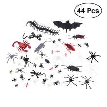 44pcs Halloween Decoration Simulation Plastic Bugs Fake Spiders Scorpion Flies Bat For Halloween Party Favors Decor A3(China)