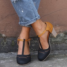 Round Toe T-tied Square Heel