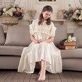 2017 Novas Mulheres Camisola Pijamas das Mulheres Sleepwear Verão Rendas de Algodão Do Vintage Doce Princesa Sleepwear Vestido Longo