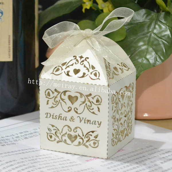 Wedding dinner door gift ideas
