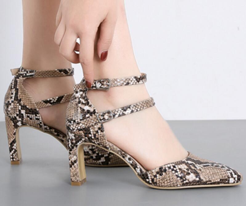 42da12bb3 Mujer Verão Zapatos Mulheres Meninas Salto De A11215 Do Grossas Sapatos  Dedo Senhoras Alto Pé Sandálias ...
