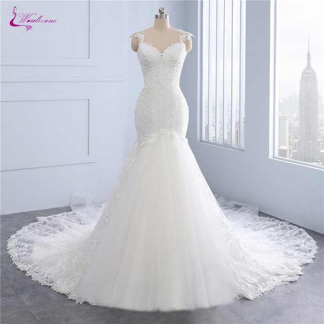 Waulizane New Arrival Mermaid Wedding Dresses Beading Pearls Crystals Appliques Embroidery Court Train Illusion Back Bride Dress