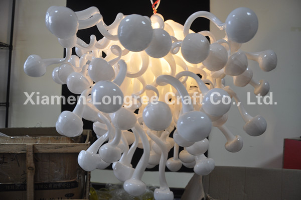 Indoor Christmas Light Art Decoration LED Light Source European Chihuly  Style Snow Shape White Hand Blown Murano Glass Chandelie