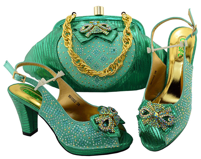 Avec Correspondant Vert Sac Nigérian Décoré Italienne Sacs 2 Set Et À Italiennes La Assortis 3 Femmes D'eau Les Ensemble 5 Strass Chaussure 4 Chaussures 1 FvnUtrv