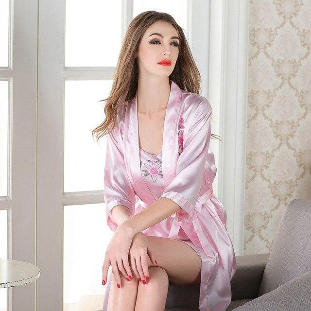 Женские пижамы весной и летом сексуальная шелк имитация шелка женские ночной рубашке из двух частей