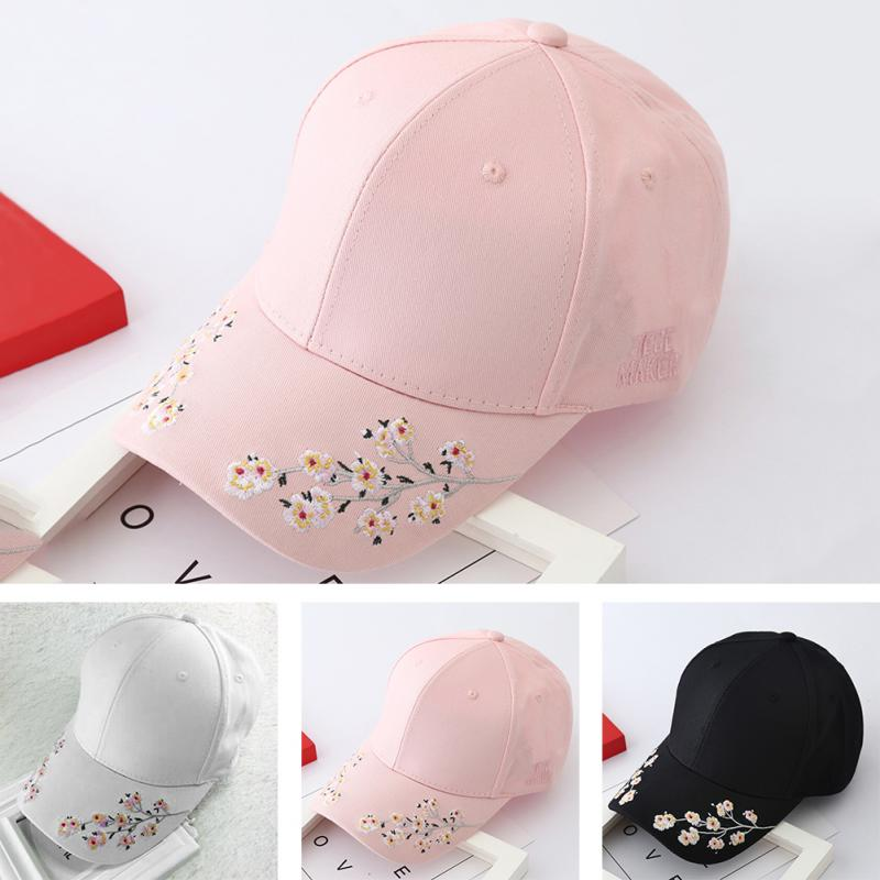 2018 Women Embroidery Flower   Baseball     Cap   Summer Hats Built-in insulation Knitted Hats Femme   Baseball     Cap   Adjustable