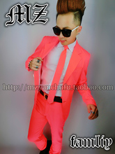 Men Fashion Neon Pink Suits Costume Male Singer Stage Wear Blazer Top Pants Dancing Performance Show Skinny Nightclub Outfit