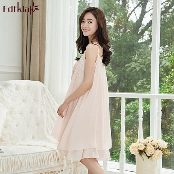 cc7d4997f5 Women Nightgown Sleeveless Sleepwear White Casual Style Female Nightgowns  Loose Comfortable Homewear Nightshirt Night Dress