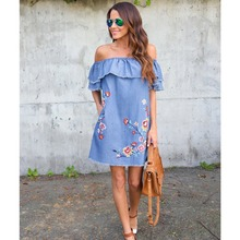 Yhotmeng2019 new European and American womens embroidery loose strapless sexy lotus leaf sleeve denim dress