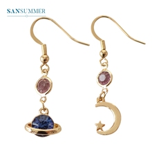 купить Personality Universal Drop Earrings Universe Statement Asymmetrical Earrings For Women Moon And Star Women Jewelry Oorbellen в интернет-магазине