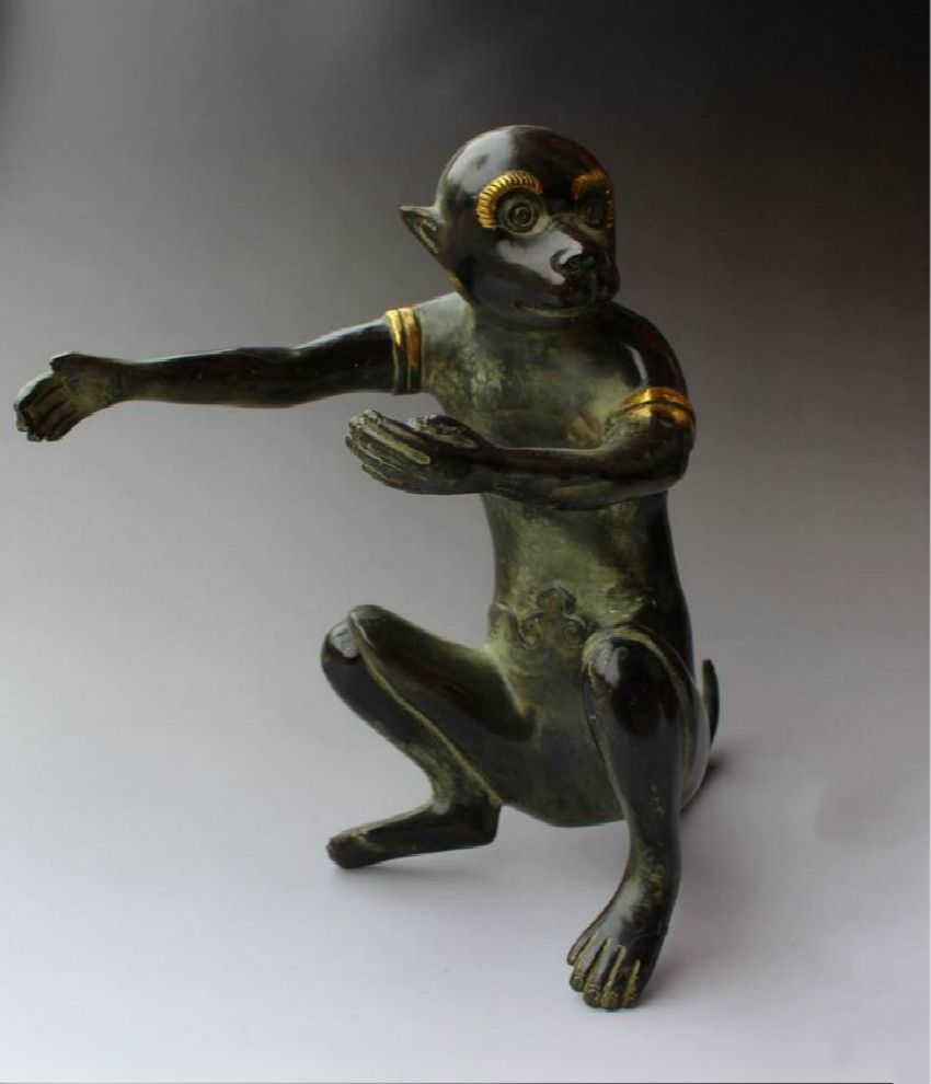 Collectible Chinese Old Bronze Carved Lucky Monkey Sculpture /Antique Big Monkey statue
