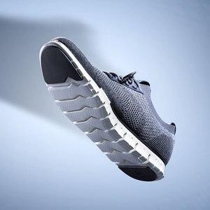 Image 4 - شاومي الأصلي Coollinght سلسلة أحذية رياضية رجال الأعمال أحذية لينة بروك حذاء كاجوال