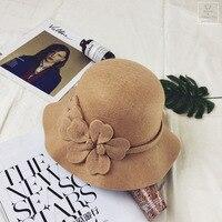 Fashion Women Beret Elegant Flower Rhinestones Wool High Quality Knitted Female Hats Caps