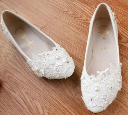 White lace wedding shoes women handmade beautiful unique the brides flats  shoes plus sizes low high heels bridal lace shoes-in Women s Flats from Shoes  on ... a6e205e0d569