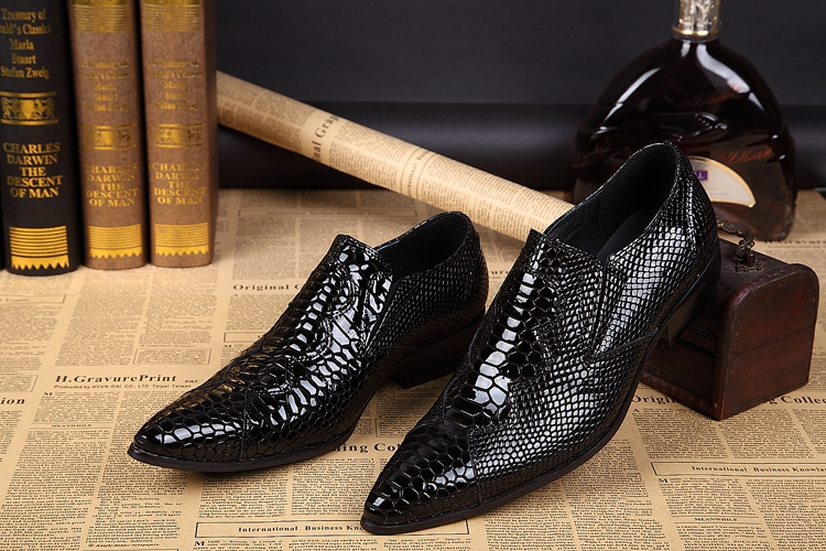 spring Mens leather shoes spiked loafers pointy crocodile skin shoes zapatos designer 2018 formal shoes men party dress oxford classic style classic mens dress shoes deep coffee color genuine leather oxford shoes for men lace up pointy loafers high heels