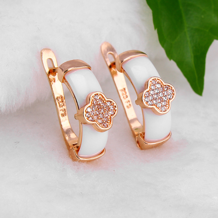 2017 New Design Round Clover Ceramic Stud Earring For Ladies And Women Of Gift