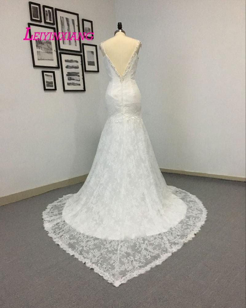 LEIYINXIANG 2019 svatební šaty Vestido De Noiva Sereia Robe Sexy mořská víla krajky s hlubokým výstřihem vlastní vyrobené Berta svatební korálky špagety
