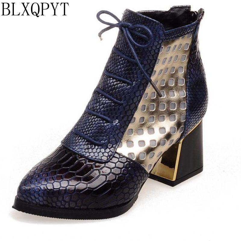 537d2f93f7e2d Zima autum kobiety krótkie buty rozmiar 32-43 wysokie obcasy lace up moda  jakości motocyklowe buty kobieta skórzane buty za kostkę rozruchu S-62